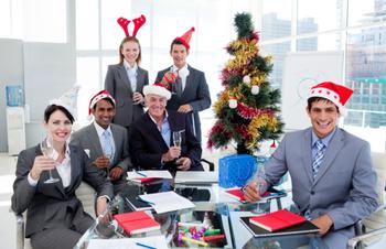 Wenn Weihnachtsdeko im Büro zum Streitfall wird