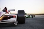 Formel-1-Autos im Rennen