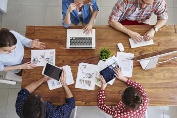 Arbeit und Gehalt in Stiftungen: mehr als nur Ehrenamt