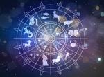 Die Tierkreiszeichen drehen sich um den Mond im Weltraum