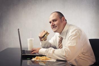 Diese Jobs machen dick und diese Tipps beugen vor