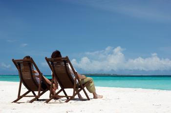 Urlaubskasse aufbessern – 12 Tipps, wie Sie beim Reisen den Geldbeutel schonen
