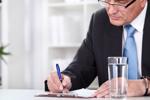 Arbeitgeber schreibt Dokument